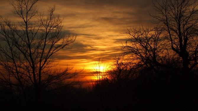 ...és a Nap megpihen a Baráti dombok közt...